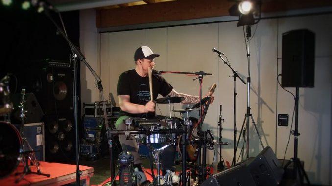 Der Kumpel vom Arbeitskollegen: Eine Ein-Mann-Band