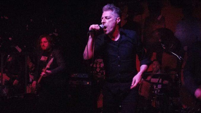 Kramsky Band auf der Bühne im Sonic Ballroom