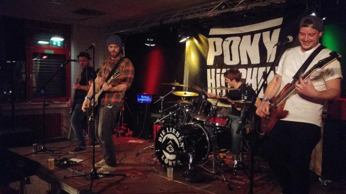 Pony Hütchen live in Langenfeld